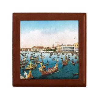 Vintage Venice regatta Gift Box