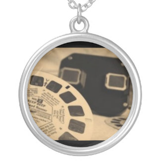 Vintage View Finder Toy Necklace
