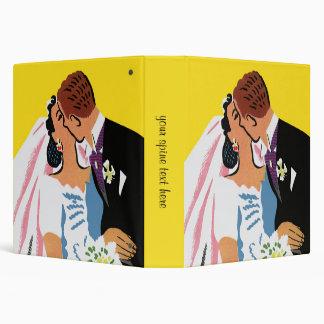 Vintage Wedding, Bride and Groom Newlyweds Kissing 3 Ring Binder