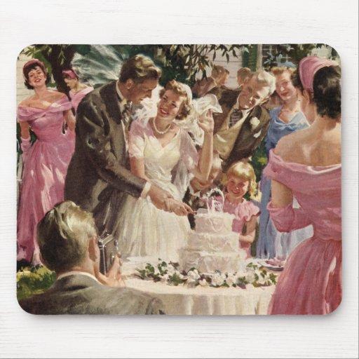 Vintage Wedding Bride Groom Newlyweds Cut Cake Mousepads