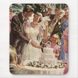 Vintage Wedding Bride Groom Newlyweds Cut the Cake Mouse Pad