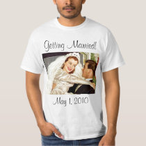Vintage Wedding, Happy Bride and Groom Newlyweds T-Shirt