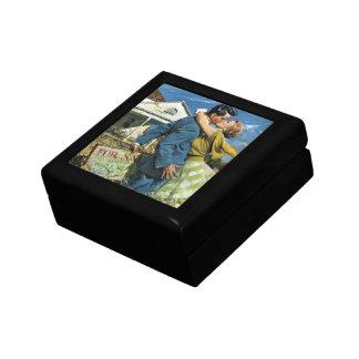 Vintage Wedding, Newlyweds Buy First House Gift Box