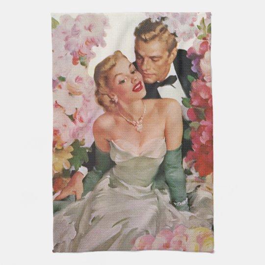 Vintage Wedding, Retro Bride and Groom Newlyweds Towel