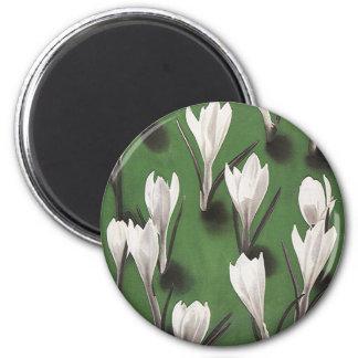 Vintage White Crocus Floral Pattern, Garden Flower Magnet