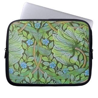 Vintage William Morris Pre Raphaelite Floral Art Laptop Computer Sleeves