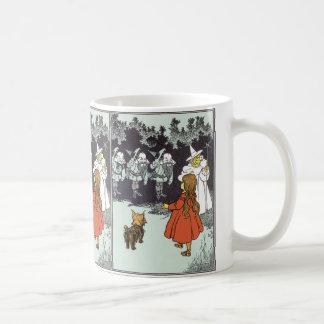 Vintage Wizard of Oz Dorothy Toto Glinda Munchkins Coffee Mug