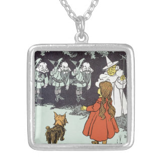 Vintage Wizard of Oz Dorothy Toto Glinda Munchkins Silver Plated Necklace