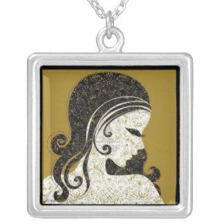 vintage woman necklace