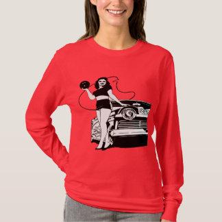 VINTAGE WOMEN BOWLER T-Shirt