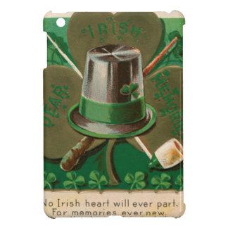 VintageSaint Patrick's day shamrock erin go bragh iPad Mini Covers