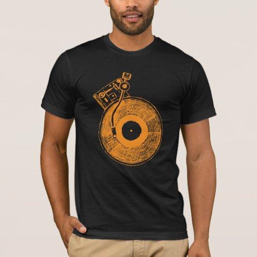 Vinyl Record Player Turntable Music Gift for DJ T-Shirt