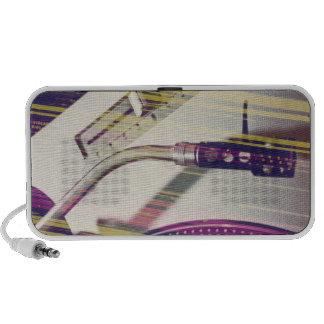 Vinylisation cuts purples laptop speaker