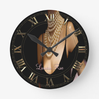 Vinzizzle Pearl Sophisticated Elegance Round Wall Clock