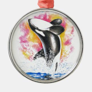 Violación hermosa de la ballena de la orca adorno navideño redondo de metal