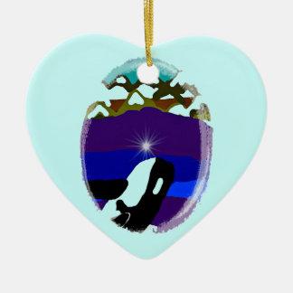 Viole a las montañas la orca adorno navideño de cerámica en forma de corazón