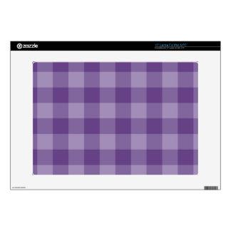 "Violet checkered background skin for 15"" laptop"