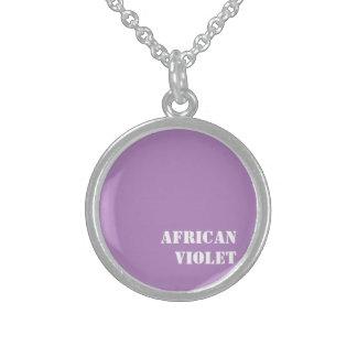 Violeta africana collar de plata de ley