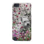 Violeta en flores - perro blanco de Westie