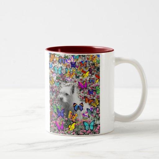 Violeta en mariposas - perro blanco de Westie Tazas