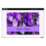 Violetas en la floración skins para portátiles