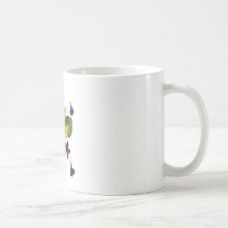 Violetas salvajes clasificadas hechas en bordado taza