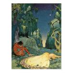 Violette que duerme en el bosque tarjetas postales