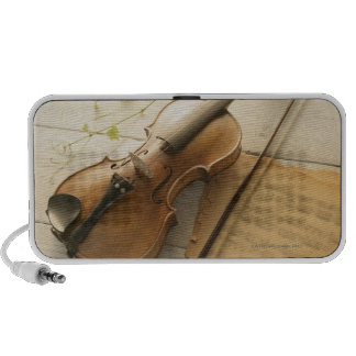 Violin and Sheet Music Mp3 Speakers