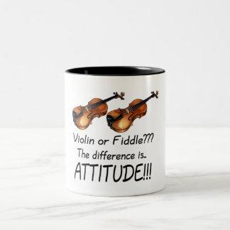 ¿Violín o violín??? Taza Dos Tonos