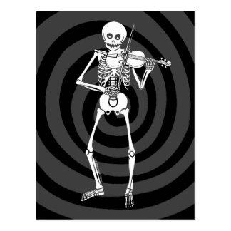 Violín que juega el esqueleto postal