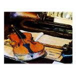 Violín y bugle postales