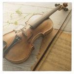 Violín y partitura teja  ceramica