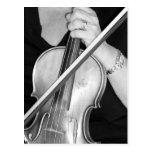 Violinista en descanso postal
