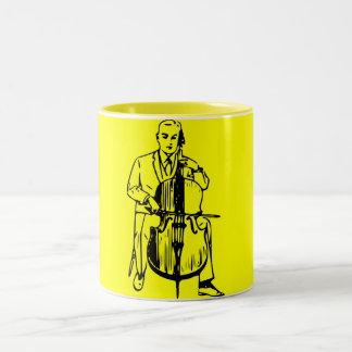 Violonchelo usted plays riachuelo taza dos tonos