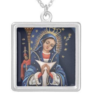 Virgen de la Altagarcia Necklace Colgante Cuadrado