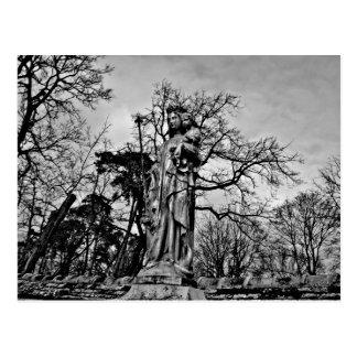 Virgen María del cementerio y estatua góticos de Tarjetas Postales