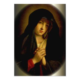 Virgen María triste con las manos dobladas Invitacion Personal