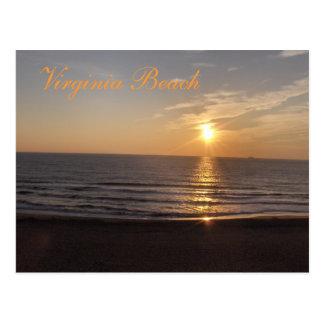 Virginia Beach en la puesta del sol Tarjetas Postales