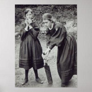 Virginia y Vanesa Stephen, en St Ives, 1894 Póster