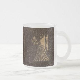 Virgo de la Cuero-Mirada Tazas De Café