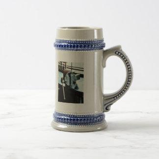 Vise Mugs