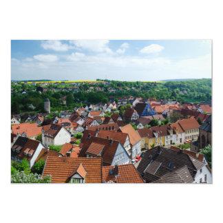 Visión aérea sobre ciudad vieja en Warburg Comunicado Personal
