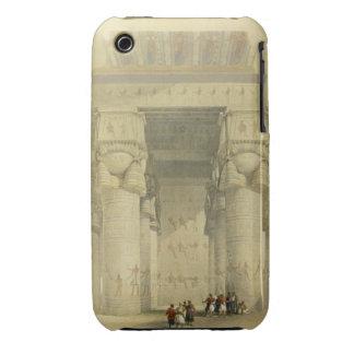 Visión de debajo el pórtico del templo en Denda Funda Bareyly There Para iPhone 3 De Case-Mate