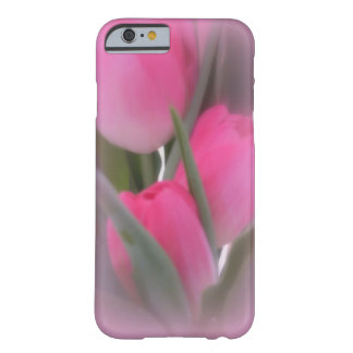 Vision de tulipanes rosados funda barely there iPhone 6