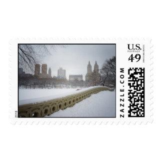 Visión desde el puente del arco, Central Park, New Timbre Postal