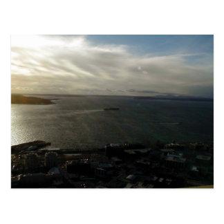 Visión desde encima de la aguja del espacio en Sea Tarjeta Postal