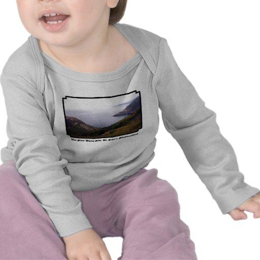 Visión desde la ropa del bebé de la colina 1 de la camiseta