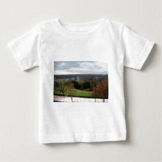 Visión desde la terraza de la colina de Richmond, Playera De Bebé