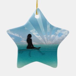 Visión desde una tabla hawaiana adorno navideño de cerámica en forma de estrella