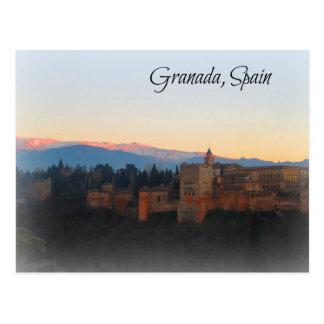 Visión panorámica en la puesta del sol de Alhambra Postales